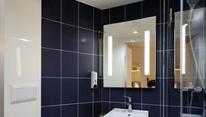 bathroom tiling services image